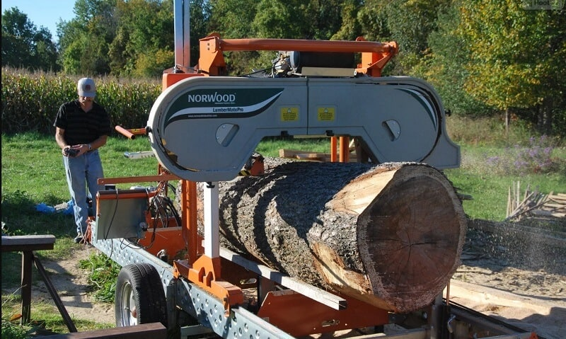 How to choose a portable sawmill