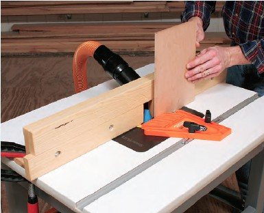 Wide-Body-Router-Table-Fence-Rockler