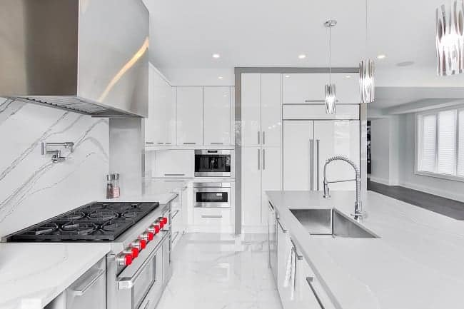 best cabinet hardware that matches with stainless still appliances