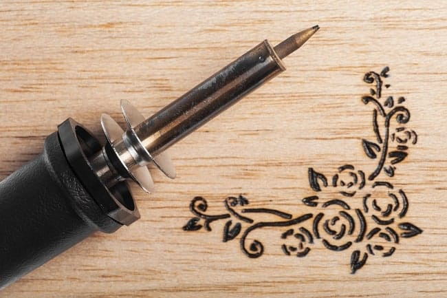 wood carving pyrography